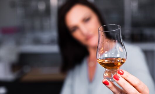 How to distinguish expensive whisky brands from others? Read the whole article!