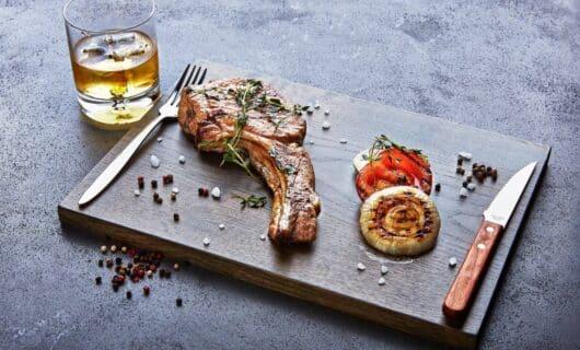 Jack Daniels and food pairing - grilled steak